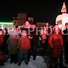 """Монгол улс, Улаанбаатар хот. 2013оны 12 дугаар сарын 31. Хуучин оноо үдэж шинэ оноо угтах он солигдох мөчид нийслэлчүүд Чингисийн талбайд  цугласан иргэд """"Улаанбаатарын мөнгөн шөнө"""" шинэ жилийн баярын цэнгүүнийг үзэж байна.<br /> <br /> """"Улаанбаатарын мөнгөн шөнө"""" шинэ жилийн баярын цэнгүүнд МУГЖ Т.Ариунаа, дуучин A Cool, реппер Gee, Дөлгөөн, Рокит Бэй, """"Гурван охин"""", """"Люмино"""", """"А Sound"""", """"Compass"""", """"Rec On"""", """"Colors"""", """"UFO"""", """"The Lemons"""" зэрэг 50 гаруй уран бүтээлч, хамтлаг оролцож, шинэ жилийн баярыг нийслэлийн иргэдтэйгээ хамт өнгөрөөсөн юм.<br /> <br /> Он солигдох мөчид """"Улаанбаатарын мөнгөн шөнө"""" цэнгүүнд хүрэлцэн ирсэн зочид төв талбайг дүүргэн байлаа.ГЭРЭЛ ЗУРГИЙГ БЯМБАСҮРЭНГИЙН БЯМБА-ОЧИР"""