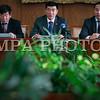 Монгол улс, Улаанбаатар хот. 2014 оны 1 дүгээр сарын 14.  УИХ дахь МАН-ын  бүлгийн өнөөдрийн хуралдаанаар Ерөнхий сайд Н.Алтанхуягийн Үндсэн хууль зөрчсөн  эсэх асуудлыг ярилцжээ.  <br /> MPA PHOTO/ Б.БЯМБА-ОЧИР
