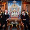 Монгол улс, Улаанбаатар хот. 2013 оны 10 дугаар сарын 25. Канад Улсын Амбан захирагч, эрхэмсэг ноён Дэвид Жонстон, гэргий эрхэмсэг хатагтай Шэрон Жонстоны Монгол Улсад хийж буй төрийн айлчлал өнөөдөр эхэлж, хоёр улсын далбаа мандсан Эзэн Чингисийн талбайд Монгол Улсын Ерөнхийлөгч Цахиагийн Элбэгдорж, гэргий Хажидсүрэнгийн Болормаагийн хамтаар хүндэт зочдоо угтан авлаа.<br /> <br /> Эрхэмсэг ноён Дэвид Жонстоны Монгол Улсад хийж буй айлчлал нь Канад Улсын Амбан захирагчийн манай улсад хийж буй анхны Төрийн айлчлал болж буй юм. Түүнийг дагалдан Канад Улсаас Монгол Улсад суугаа Онц бөгөөд бүрэн Эрхт Элчин сайд Грегори Гөүлдхок, тус улсын парламентын гишүүн, Парламентын Нарийн бичгийн дарга Чунгсен Леунг, парламентын гишүүн Өрл Дреешен, Скот Симмс, Уай Янг нарын албаны зочид айлчлалын бүрэлдэхүүнд багтсан байна. Албан ёсоор угтах ёслол болсоны дараа Канад Улсын амбан захирагч Д.Жонстон Эзэн Чингисийн хөшөөнд хүндэтгэл үзүүлж Төрийн ордны хүндэт зочны дэвтэрт гарын үсэг зурав.