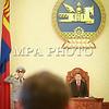 """Монгол Улс, Улаанбаатар хот. 2014 оны 1 дүгээр сарын 30. Өнөөдөр чуулганы хуралдаанаар Засгийн газраас өргөн барьсан Газрын тосны тухай хуулийн шинэчилсэн найруулгын төслийн эцсийн хэлэлцүүлэг, Олон улсын худалдаа, хөрөнгө оруулалтын асуудлаар ил тод байдлыг хангах тухай Монгол Улс, АНУ хоорондын хэлэлцээр""""-ийг соёрхон батлах тухай  хуулийн төсөл, <br /> <br /> Нууц протоколыг ил болгох тухай УИХ-ын тогтоолын төсөл, УИХ-ын 2014 оны хаврын чуулганаар хэлэлцэх асуудлын жагсаалт, Тусгай хяналтын дэд хорооны бүрэлдэхүүнд өөрчлөлт оруулах тухай хуулийн төслүүдийг хэлэлцэн баталсанаар УИХ-ын 2013-2014 оны намрын чуулган өнөөдөр хаалтаа хийлээ.<br />  MPA PHOTO/ Б.БЯМБА-ОЧИР"""
