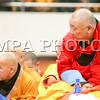 Дээрхийн гэгээнтэн XIV Далай лам Монголын нийт лам хувраг, сүсэгтэн олонд Богд ламын жинан, Жигжидийн цэван айлдаж байна