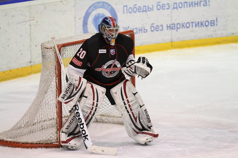 Денис Худяков