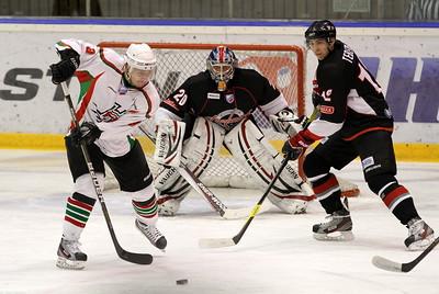 Очередной домашний матч челябинская команда Высшей хоккейной лиги Челмет проведет 17 октября. Соперник - Нефтяник из Альметьевска