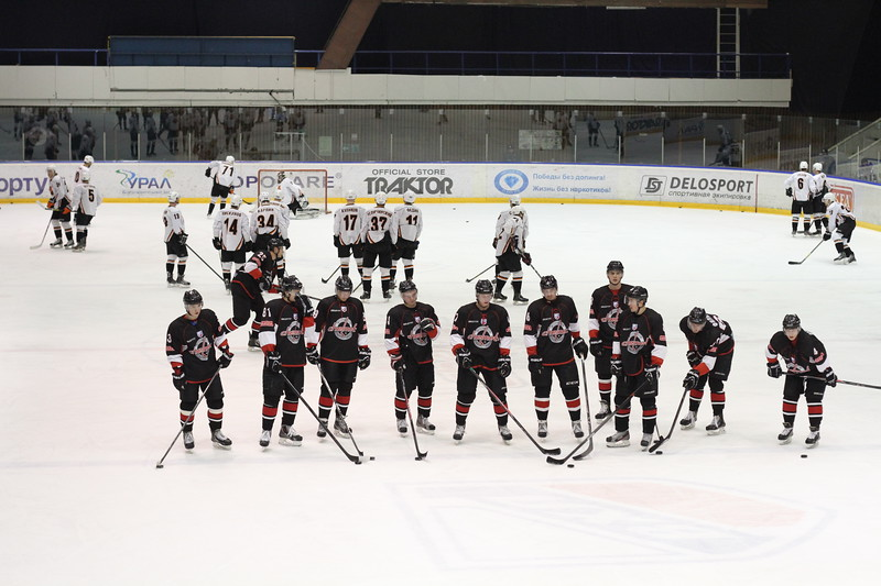 Челябинская команда Высшей хоккейной лиги Челмет уступила в Перми Молоту-Прикамье по буллитам со счётом 3:4.