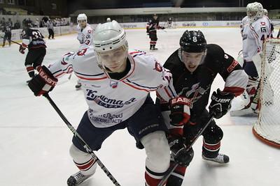 Челябинская команда Высшей хоккейной лиги Челмет разгромила саратовский Кристалл со счетом 7:0