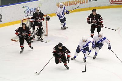 Челябинская команды Высшей хоккейной лиги Челмет уступила на своем льду ТХК из Твери со счетом 3:4