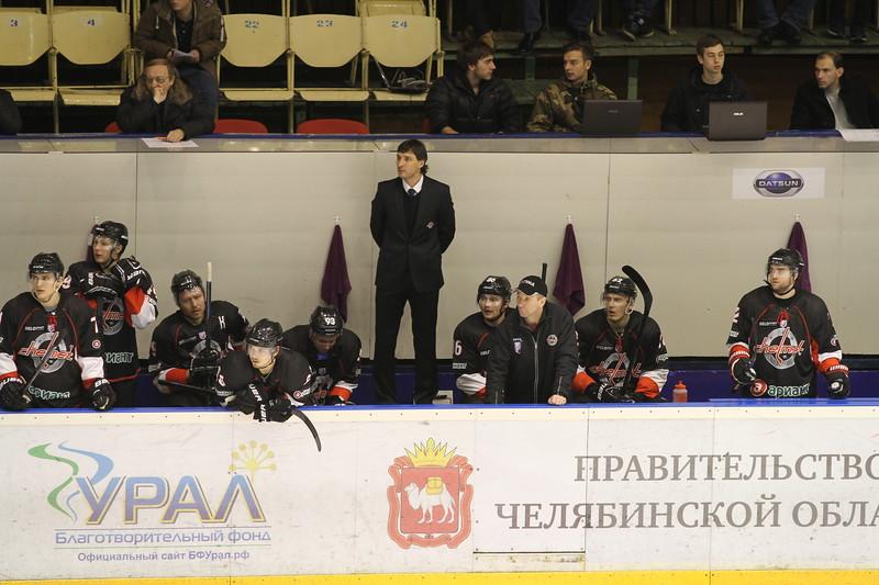 Главный тренер челябинского Челмета Алексей Тертышный и главный тренер подмосковного Динамо Анатолий Антипов прокомментировали матч, в котором Челмет выиграл со счётом 3:0.