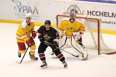 Челябинская команда Высшей хоккейной лиги Челмет проиграла в Липецке местному хоккейному клубу со счётом 1:2.