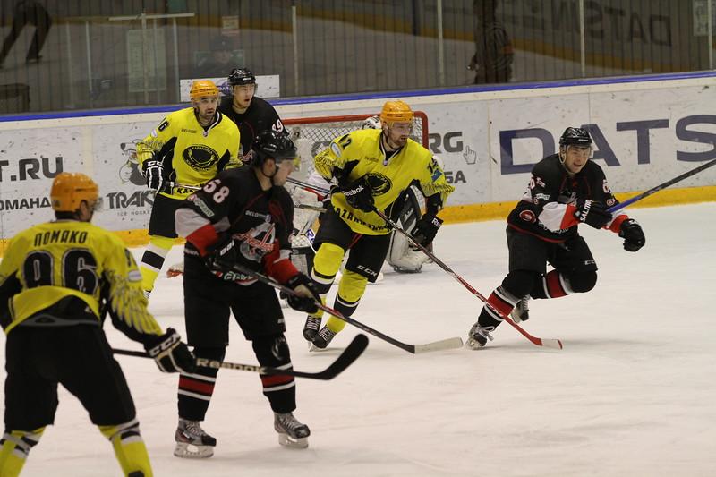 Челябинская команда Высшей хоккейной лиги Челмет проиграла в Караганде местной Сарыарке со счётом 0:5 во втором матче первого раунда плей-офф.