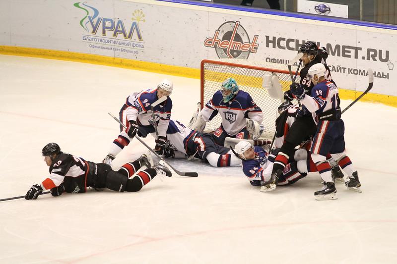 Челябинская команда Высшей хоккейной лиги Челмет проиграла на своем льду со счётом 0:3 Южному Уралу из Орска.