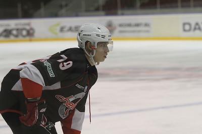 В Казани завершился турнир, посвященный памяти Юрия Моисеева, в котором принимали участие четыре команды Высшей хоккейной лиги.