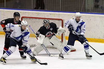 Челябинская команда Высшей хоккейной лиги Челмет у себя дома уступила в овертайме со счётом 0:1 ТХК. Счёт в серии сравнялся - 2:2.