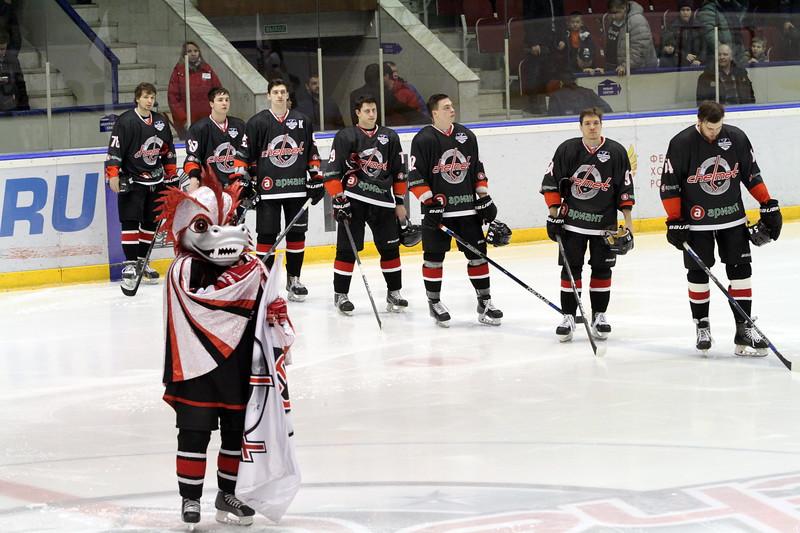 Челябинская команда Высшей хоккейной лиги Челмет уступила в решающем матче первого раунда плей-офф ТХК со счётом 2:3 и завершила сезон.
