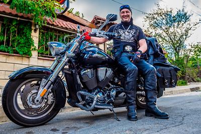 снимка на рокер и мотоциклет