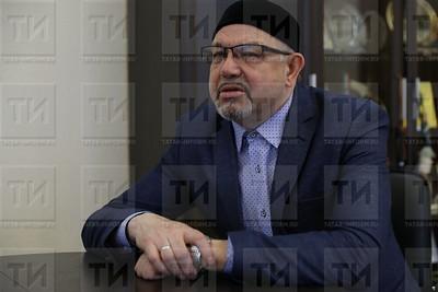Рәфыйк Мөхәммәтшин, Рафик Мухаметшин, ректор РИИ, БИА ректоры