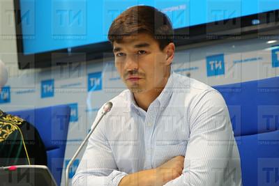 Радик Миннәхмәтов, Радик Миннахметов