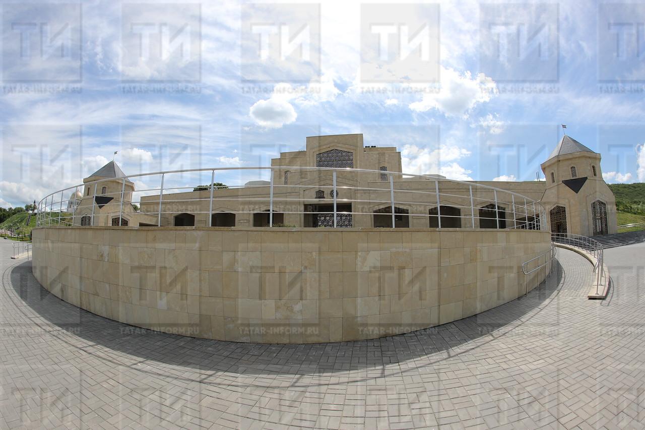 29.06.2017 Болгары Белая мечеть Музей Академия ислама фото Рамиля Гали