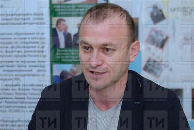 автор: Расих Фасхутдинов