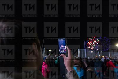 09.05.2015 - 09 мая - Салют на 9 мая (фото: Ильнар Тухбатов/ИА Татар-Информ)