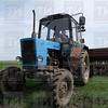 31.05.2017 - Трактор в поле
