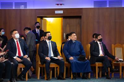 2021 оны тавдугаар сарын 10. Засгийн газын 100 хоног хэвлэлийн хурал боллоо.    ГЭРЭЛ ЗУРГИЙГ Д.ЗАНДАНБАТ/MPA