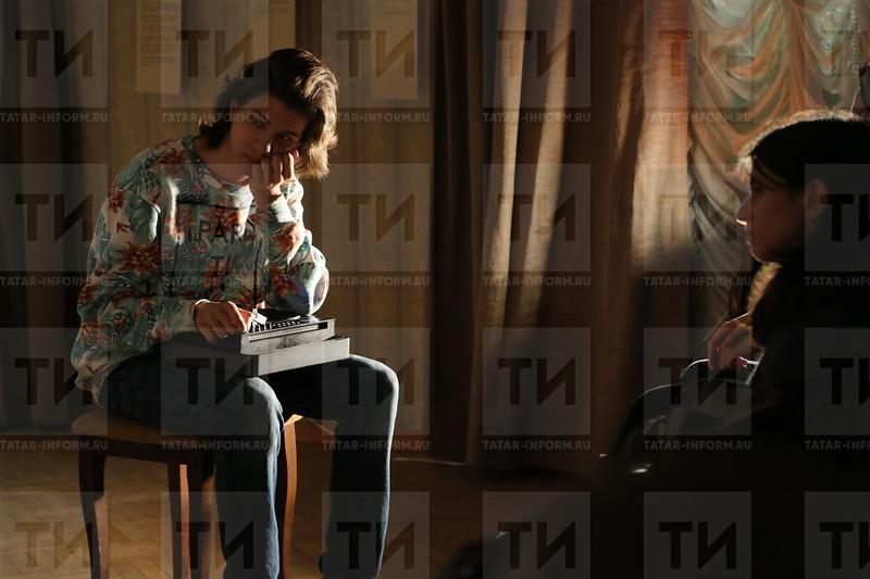 """20.01.2017 Спектакль """"Чинить живых"""" (Фото: Рамиль Гали/ ИА Татар-информ)"""