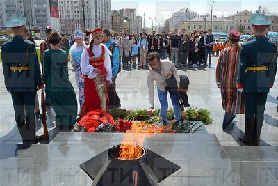 9 мая, 9 май, митинг, возложение венка, венок салу, вечный огонь, мәңгелек ут