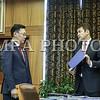 2016 оны долоодугаар сарын 08. Монгол Улсын Ерөнхий сайд асан Ч.Сайханбилэг 29 дэх Ерөнхий сайдаар өнөөдөр томилогдсон Ж.Эрдэнэбатад Засгийн газрын тамгыг шилжүүлэн өглөө. <br /> <br /> Ч.Сайханбилэг Ерөнхий сайдаар томилогдсон Ж.Эрдэнэбатад Засгийн газрын тэргүүнээр томилогдсонд нь баяр хүргээд Засгийн газрын санаачлан эхлүүлсэн ажлуудын талаар танилцууллаа. Мөн эдийн засгийн нөхцөл байдлын талаарх мэдээллийг өгч, АСЕМ-ын уулзалт, зуны олимп, өвөлжилтийн бэлтгэл ажил зэрэг ойрын үед анхаарах шаардлагатай хэд хэдэн асуудал байгааг онцлоод ажлын өндөр амжилт хүслээ. ГЭРЭЛ ЗУРГИЙГ Б.БЯМБА-ОЧИР/MPA