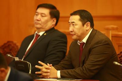 2019 оны дөрөвдүгээр сарын 05.УИХ-ын чуулганы хуралдаанаар Монгол Улсын ерөнхий прокурорыг томилох асуудлыг хэлэлцэв. ГЭРЭЛ ЗУРГИЙГ Б.БЯМБА-ОЧИР/MPA