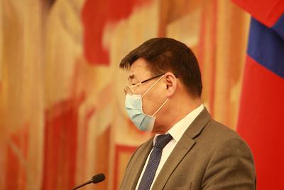 2020 оны дөрөвдүгээр сарын 3. УИХ-ын тамгын газраас мэдээлэл хийлээ.  ГЭРЭЛ ЗУРГИЙГ Д.ЗАНДАНБАТ/MPA