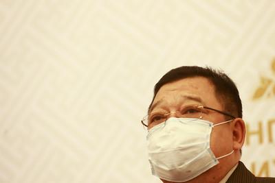 2020 дөрөвдүгээр сарын 15. УИХ-ын гишүүн, АН-ын дарга С.Эрдэнэ мэдээлэл хийлээ.  Б.БЯМБА-ОЧИР/МРА