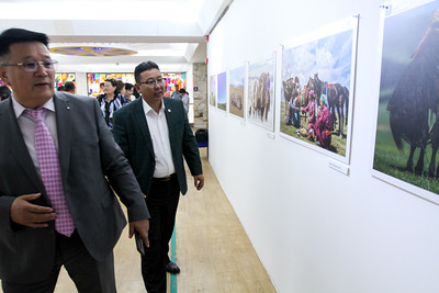 """2019 оны долоодугаар  сарын 09. """"Монгол бахархал"""" гэрэл зургийн үзэсгэлэнгийн нээлт боллоо.  ГЭРЭЛ ЗУРГИЙГ Г.БАЗАРРАГЧАА /MPA"""