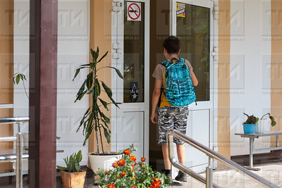 25.08.2017 - Пресс - тур в татарскую гимназию №17 (фото: Салават Камалетдинов/ ИА Татар-Информ)