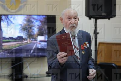 07.11.2017 - Пресс-конференция в союзе журналистов РТ с ветераном ВОВ Александром Маловым (фото: Салават Камалетдинов)