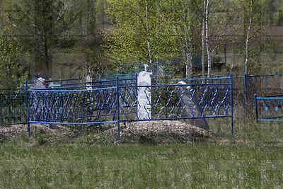15.05.2017-Вандализм на кладбище в селе Васюково (Фото: Александр Эшкинин/ИА Татар-информ)
