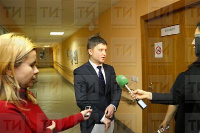04.12.2017 -Пресс-подход к первому заместителю министра юстиции РТ,  Айнуру Галимову (фото: Салават Камалетдинов)