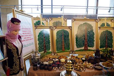 15.05.2021 - ТР Президенты Без тарихта эзлебез фестивалендә оештырылган күргәзмә белән танышты (Фото Салават Камалетдинов )