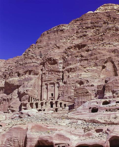 8  petra flat temple