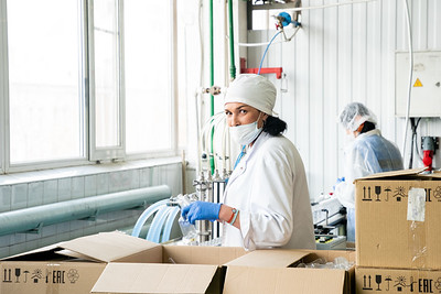 20.04.2020  - Производство дезинфицирующих средств в Татарстане (Фото Салават Камалетдинов )
