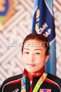 2016 оны наймдугаар сарын 19. Монгол Улсын гавьяат тамирчин, олимпийн наадмын мөнгөн медальт, ДАШТ-ий хүрэл медальт, багийн ДАШТ-ий мөнгөн медальт, Азийн наадмын хүрэл медальт Доржсүрэнгийн Сумъяаг БСШУС-ын сайд Ж.Батсуурь хүлээн авч уулзлаа. ГЭРЭЛ ЗУРГИЙГ Б.БЯМБА-ОЧИР/MPA