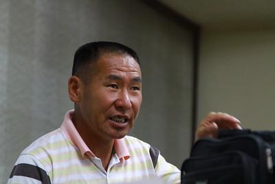 2019 оны аравдугаар сарын 02. ДАШТ-ээс хасагдсан залуу тамирчин М.Пүрэвтунгалагийн аав МЧБХ-ны талаар холбогдох яам, агентлагт гомдол мэдүүлж буй талаараа мэдээлэл хийлээ. ГЭРЭЛ ЗУРГИЙГ Г.БАЗАРРАГЧАА/MPA