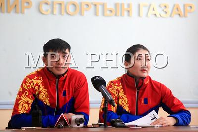 """2018 оны гуравдугаар сарын06. """"Пёнчан2018"""" өвлийн олимпод эх орноо төлөөлөн оролцсон баг тамирчид мэдээлэл хийлээ. ГЭРЭЛ ЗУРГИЙГ /MPA/"""