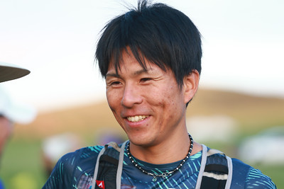 """2018 оны наймдугаар сарын 17. """"Тал нутгийн марафон-Богдхан Ултра Трайл 50км"""" олон улсын гүйлтийн тэмцээн энэ жил Богдхан уулын Шавартын аманд боллоо. Марафонд олон улсын ултра трайл гүйлтийн тамирчин, ууланд авирагч Франц улсын иргэн Карол Фүкс, Япон улсын хөл нүцгэн гүйлтийн тамирчин Ёшино Цүёши зэрэг алдартай тамирчид урилгаар хүрэлцэн ирж оролцох бөгөөд дотоодын 1,000 гаруй, гадаадын 200 гаруй тамирчин оролцож байна.  ГЭРЭЛ ЗУРГИЙГ Б.БЯМБА-ОЧИР/MPA"""