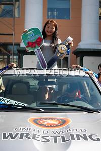 2017  оны есдүгээр сарын 06 . Чөлөөт бөхийн дэлхийн аварга П.Орхонд Land 200 бэлэглэлээ. ГЭРЭЛ ЗУРГИЙГ Г.ӨНӨБОЛД/MPA