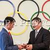 """2016 оны есдүгээр сарын 06.<br /> <br /> МҮОХ-ны байранд """"RIO-2016"""" олимпийн хүрэл медальт Д.Отгондалайд  олимпийн медальтны энгэрийн тэмдэг ( LAPEL PIN ) гардууллаа. Мөн шагналт байрт шалгарсан болон оролцсон нийт тамирчдад сертификат гардуулан өглөө.  ГЭРЭЛ ЗУРГИЙГ Б.БЯМБА-ОЧИР/MPA"""