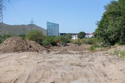 2021 оны наймдугаар сарын 20. Туул голын дагуу шинээр авто зам тавьж байна. ГЭРЭЛ ЗУРГИЙГ Б.БЯМБА-ОЧИР/MPA