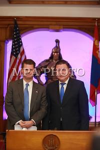 АНУ-ын Батлан хамгаалахын дэд сайд Рэндал Шрайвер Монгол Улсад айлчилж байна