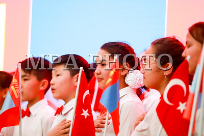 2018 оны дөрөвдүгээр сарын 06.  Монгол Улсын Ерөнхий сайд У.Хүрэлсүхийн урилгаар Бүгд Найрамдах Турк Улсын Ерөнхий сайд Бинали Йылдырым Монгол Улсад албан ёсны айлчлал хийж байна.  Бүгд Найрамдах Турк Улсын Ерөнхий сайд Бинали Йылдырым ТИКА-гийн төслүүдийн нээлтийн үйл ажиллагаанд оролцлоо.  ГЭРЭЛ ЗУРГИЙГ Б.БЯМБА-ОЧИР/MPA
