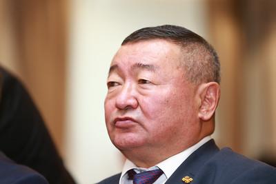 2018 оны наймдугаар сарын 25. Монгол Улсын Гадаад Харилцааны Сайд Д.Цогтбаатарын урилгаар БНХАУ-ын Гадаад хэргийн сайд Ван И энэ сарын 23-25-нд манай улсад айлчилж байна.  Айлчлалын хүрээнд БНХАУ-ын Гадаад хэргийн сайд Ван И тус улсын хөнгөлөлттэй зээлээр баригдах шинэ Төв цэвэрлэх байгууламжийн барилгын ажлын нээлтийн арга хэмжээнд оролцлоо.  Шинэ цэвэрлэх байгууламжийг Францийн Артилло компаниар хийлгэсэн ТЭЗҮ-г үндэслэн, БНХАУ-ын засгийн газрын хөнгөлттэй зээлээр барих ажлыг гарын үсэг зурж эцэслэсэн, 2020 он гэхэд цэвэрлэх байгууламж ашиглалтад орно.  ГЭРЭЛ ЗУРГИЙГ Б.БЯМБА-ОЧИР/MPA