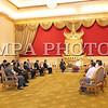 """2016 оны зургадугаар сарын 15. Монгол Улсын Ерөнхийлөгч Ц.Элбэгдорж өнөөдөр Мьянмарын Холбооны Бүгд Найрамдах Улсын Ерөнхийлөгч Тин Чяу-тай албан ёсны хэлэлцээ хийлээ.<br /> <br /> Хэлэлцээний үеэр Мьянмарын Ерөнхийлөгч Тин Чяу хэлэхдээ """"Монгол Улс, Мьянмарын Холбооны Бүгд Найрамдах Улсын хооронд дипломат харилцаа тогтоосны 60 жилийн ойн хүрээнд манай улсад ажлын айлчлал хийхээр хүрэлцэн ирсэн Монгол Улсын Ерөнхийлөгч Цахиагийн Элбэгдорж танд гүнээ талархал илэрхийлье. Таныг Мьянмарын Холбооны Бүгд Найрамдах Улсад тавта морилохыг хүсье"""" гэв.<br /> <br /> Монгол Улсын Ерөнхийлөгч хэлсэн үгэндээ """"Намайг болон миний дагалдан яваа зочид төлөөлөгчдийг халуун дотноор хүлээн авсанд талархаж байна. Хоёр улсын хоорондын дипломат харилцаа тогтоосны 60 жилийн ойн хүрээнд айлчилж байгаадаа баяртай байна. Манай хоёр улсын хооронд харилцаа хамтын ажиллагаагаа сайжруулах салбар, нөөц боломж их бий. Сүүлийн жилүүдэд хоёр талын өндөр дээд хэмжээний айлчлалын давтамж нэмэгдэж байгааг дурдахад таатай байна. Мьянмарын Ерөнхийлөгчөөс эхлээд төрийн албаны төлөөлөгчид Монголд айлчлан ирсэн. Энэ харилцааны дүнд хоёр улсын ард иргэд маань харилцан туршлага суралцах, бие биенээ дэмжих эрмэлзэлтэй болж байгаа нь хамгаас сайшаалтай.<br /> <br /> <br />  <br /> <br /> Монголчууд 1990-ээд оноос ардчилалд шилжин зах зээлийн эдийн засгийг сонгосон. Аливаа өөрчлөлт шилжилтийг хийх тухай ярих, хэрэгжүүлэх хоёр тэс ондоо. Энэ хүнд бэрх замыг туулсан бид сурсан мэдсэн зүйлээ бусадтай хуваалцахыг хүсдэг.<br /> <br /> Бид Мьянмар Улсад өргөн бүрэлдэхүүнтэй хүрэлцэн ирээд байна. Өнөөдөр бид өнөөдөр """"Байгалийн баялаг ашиглалтын зүй зохистой менежмент 2"""" семинарт оролцоод ирлээ. Энэхүү семинарт байгалийн баялгаас орох ашиг орлогыг хэрхэн оновчтой зарцуулах, ашгийг ард иргэдэд эн тэнцүү хуваарилахын тулд сайн засаглалыг бүрдүүлэх нь чухал гэх мэт чухал сэдвийг хөндөж ярилцлаа.<br /> <br /> Мьянмарын Ерөнхийлөгчөөр сонгогдон ажиллах болсонд тань баяр хүргэе. Таны манлайллын дагуу Мьянмар улам бүр хөгжин цэцэ"""